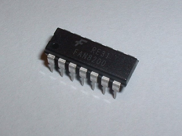 FAN8200 Dual H-Bridge IC